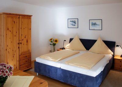 Die Betten in Zimmer 1 von Wohnung C