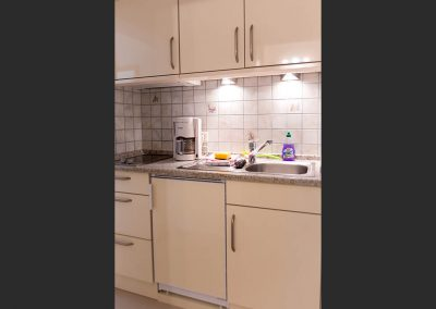 Die Küche zu Zimmer 1