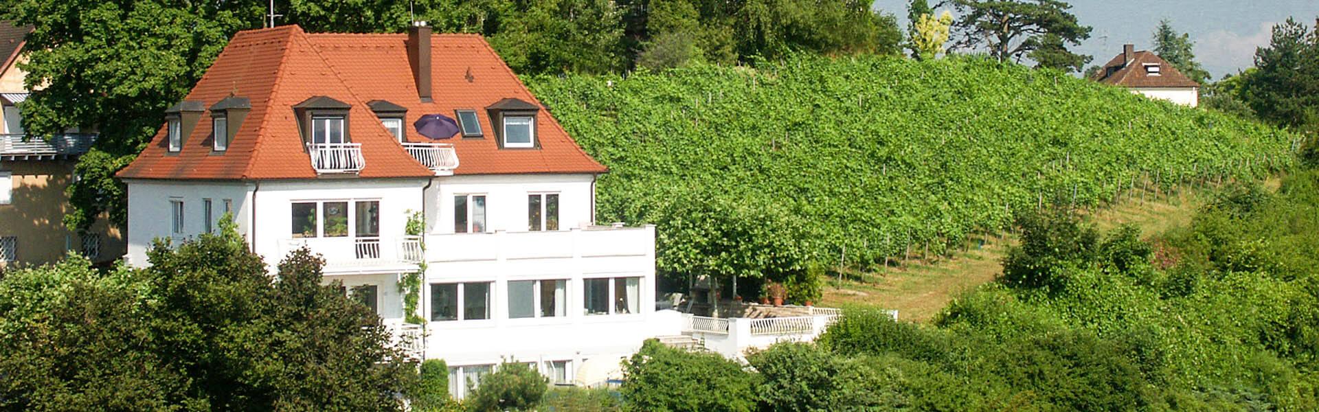 Gästehaus Schiff - komfortable Ferienwohnungen in der Burgenstadt Meersburg
