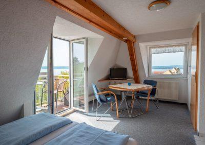 Wohnung mit kleinem Balkon-HDR_s